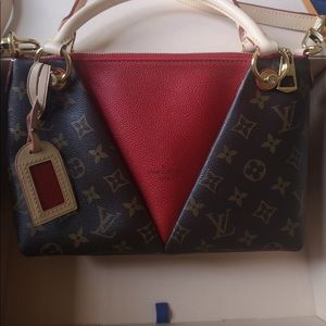 Luis Vuitton brand new bag